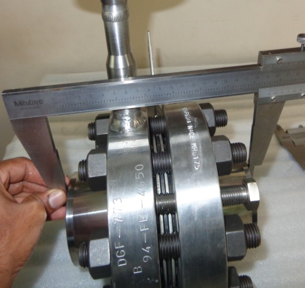 Orifice plate assembly with flange union lara inspection